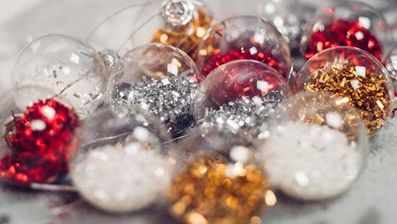 Christmas Decorations Themes